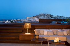 Luxury accommodation service Ibiza